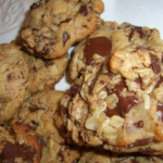 Oatmeal Peanut Butter Chocolate Chunk Cookies
