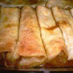 Cream Poun Apple Pie Enchiladas
