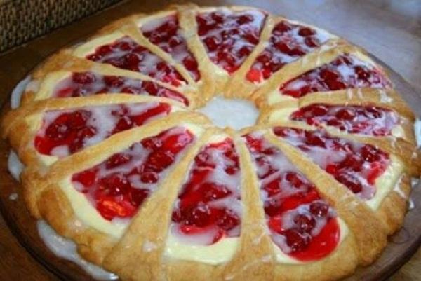 Cherry Pie Filling Cream Cheese Coffee Cake