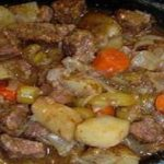 SLOW COOKER BEEF STEW