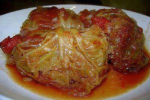 SLOW COOKER CABBAGE ROLLS — I love cabbage rolls!!!!