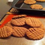 THIS IS THE PERFECT PEANUT BUTTER COOKIE!