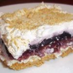BLUEBERRIES AND CREAM CHEESE DESSERT